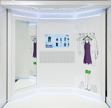 Connected fitting room