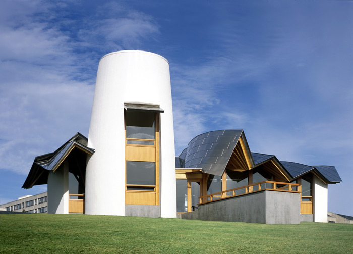 Frank Gehry's centre in Dundee (2003) was the first purpose-built centre by an international architect. Photo Credit: Raf Makda