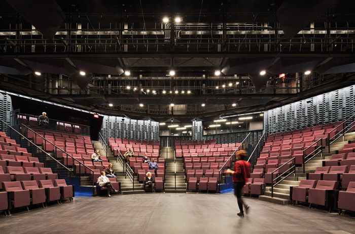 The main theatre seats 250 and brings the audience up close to the performance Photo: Steve Hall © Hedrich Blessing