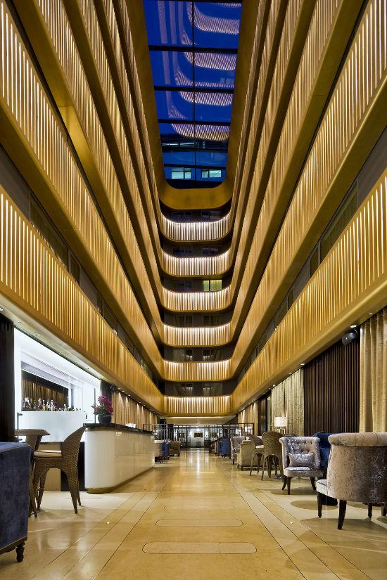 Frank verity designed art deco cinema converted into hotel for Hotel designer