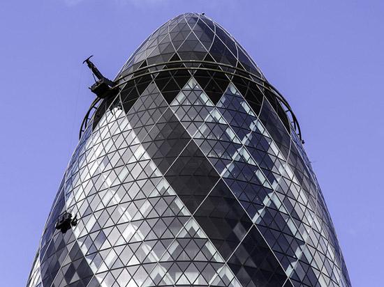The-Gherkin-organic-architecture-designcurial-