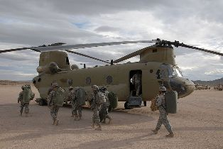 800px-CH-47F_at_NTC_2008.jpg