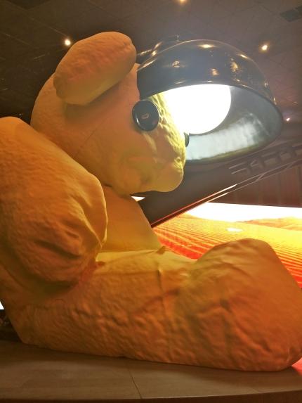 lamp bear art