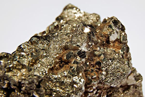Pyrite dangerous mineral