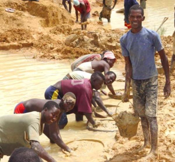 Diamond miner Sierra Leone
