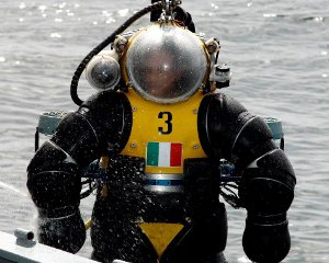 Italian Navy Hardsuit