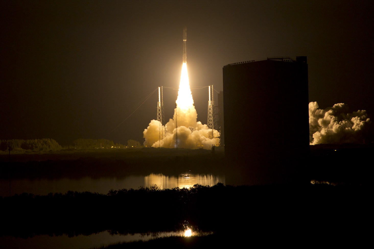 MUOS launch