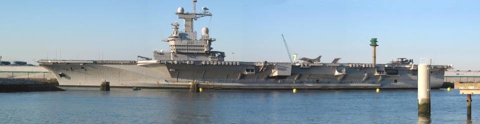Aircraft carrier Charles de Gaulle