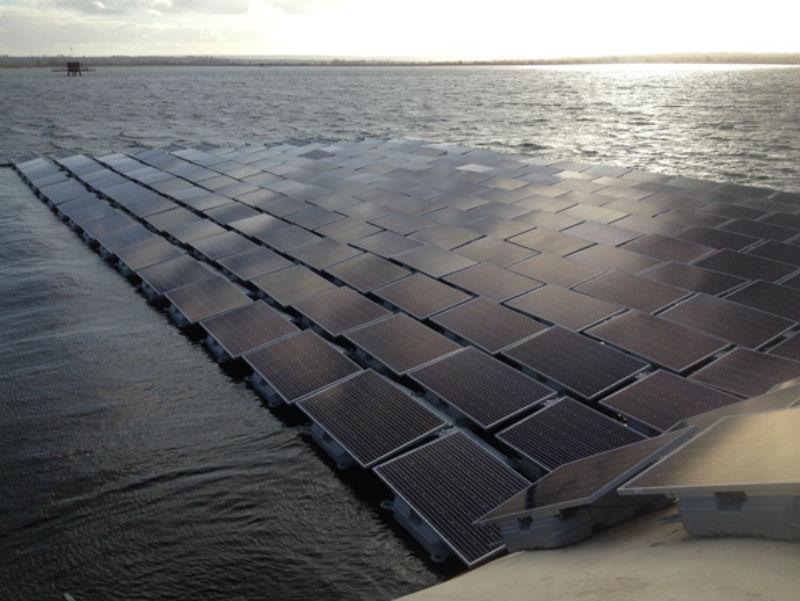 QEII floating solar