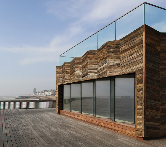 The new visitor centre in the middle of the pier, with its roof-top viewing platform, is part of the first phase of redevelopment. It is constructed in CLT